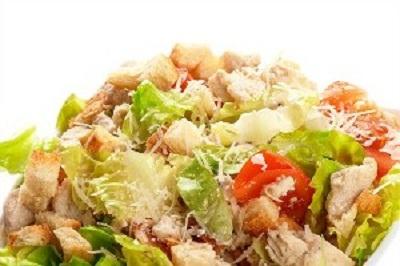 Салат цезарь с копченой курицей классический простой рецепт пошагово